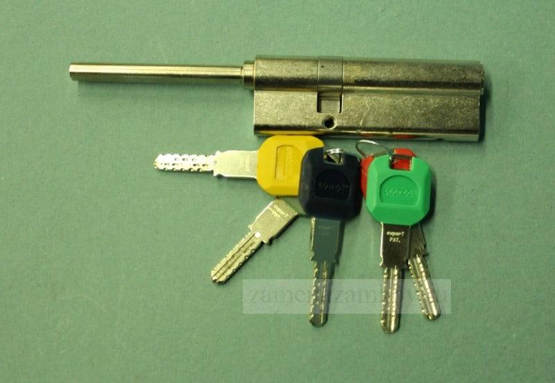 Замена ключей в металлической двери zamenazamkov.com