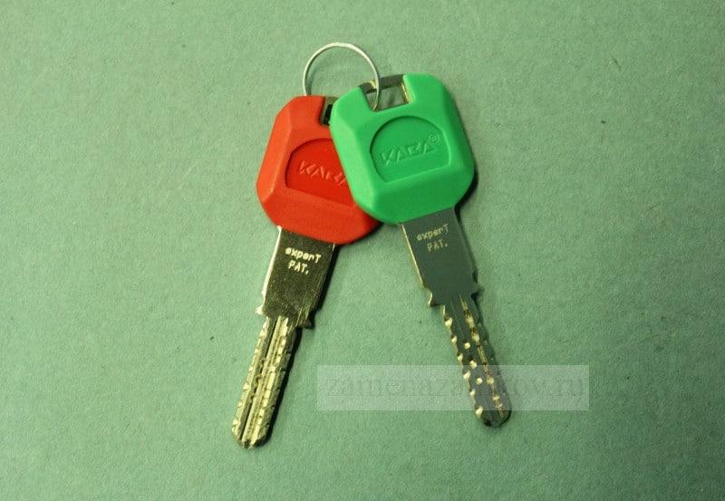 Поменять ключи в металлической двери с выездом zamenazamkov.com