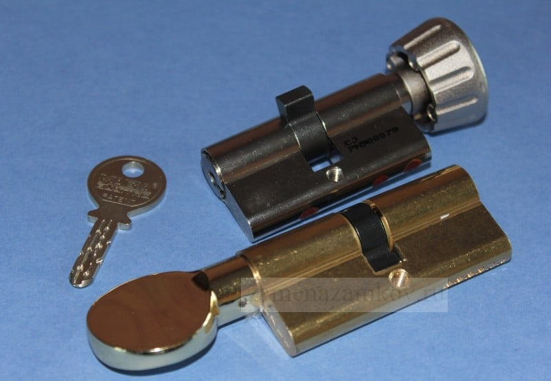 Поменять цилиндр замка на металлической двери zamenazamkov.com